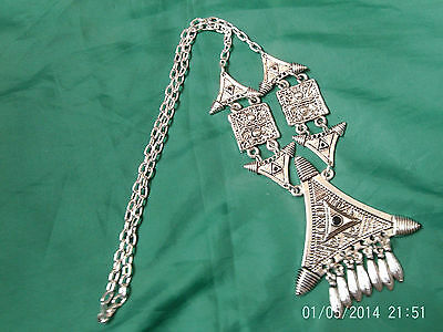 Moroccan Berber Ethnic Jewelry: Necklace Silver coloured Triangles Black NEW