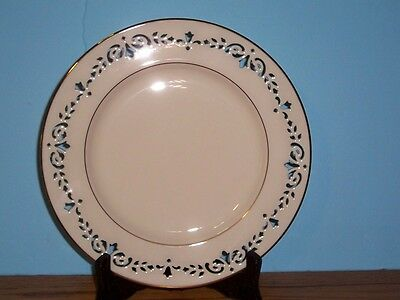 """Lenox Pierced Colonial Plate 10 1/8"""" Cream With Gold Trim"""