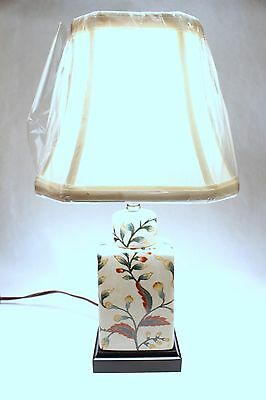 Beautiful Oriental Porcelain Chinoiserie Floral Tea Caddy Table Lamp