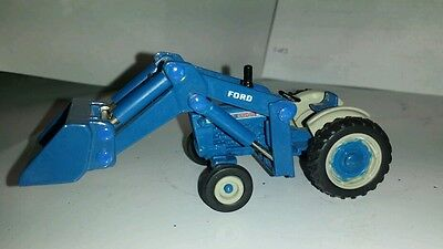 1/64 ERTL custom Ford 5000 tractor with Ford loader farm toy