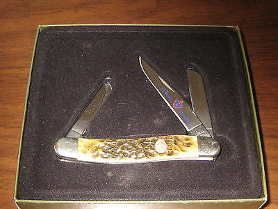 Case XX Boy Scout Knife in Original Box,  3 blade    et