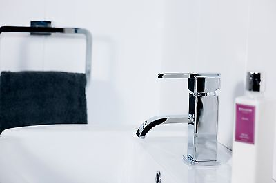 VeeBath Chester Square Bathroom Sink Basin Mixer Tap Spout Faucet and Free Waste