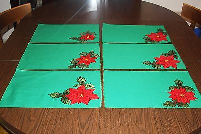 Six 6 Handmade Christmas Place Mats Nice Green Red Poinsettias