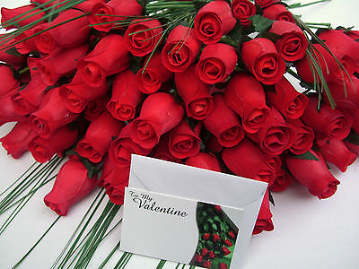 Free Gift Card 100 Red Valentines Day Wooden Roses & Grasses Wholesale Flowers