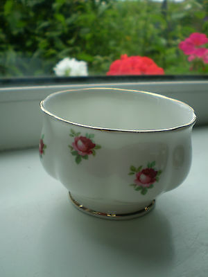 Ditsy Rose Sugar Bowl Small Size Bone China Pink Roses on White Made In England