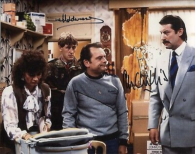 ONLY FOOLS & HORSES BOYCIE & MARLENE signed 8x10 photo - UACC DEALER