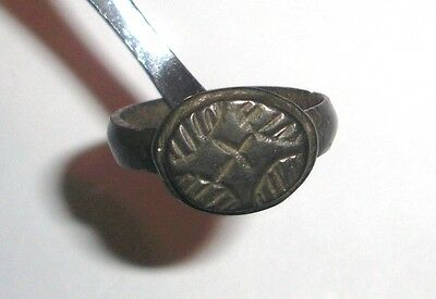 Ancient Byzantine Empire, 8th - 10th c. AD. Bronze Intaglio Signet Ring. cross