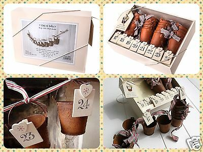 East of India Vintage Rusty Bucket Christmas Advent Calendar Garland