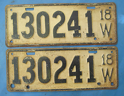 1918 Wisconsin license plates matched pair