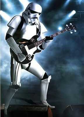 Star Wars Classic - Imperial Stormtrooper Playing Bass Guitar POSTER 61x91cm NEW