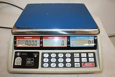 Excell Counting Scale Capacity 30 Kilograms Division 1 Gram
