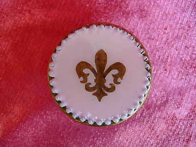 beautiful,antique Covered Dish__brass __Cover decoration Lily_