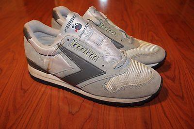 Vintage Brooks Chariot Kw Athletic Running Sneakers Mens Size 6 Colored Gray NEW