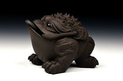 Tea Pet Of Chinese Yixing Zisha Clay Teapot,The lucky Toad.