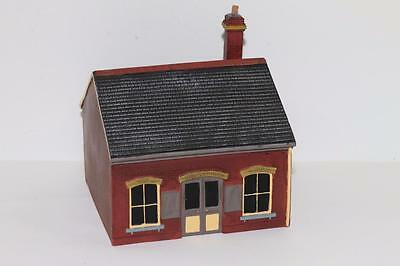 OO Scale Scenix Ceramic TICKET OFFICE EM6111 FNQHobbys (JV165)