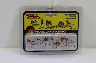 "HO Scale Woodland scenics  Youth Football Players  A1895  ""Aussie seller"" (S023)"