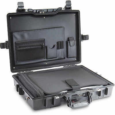 Pelican Deluxe Notebook Computer Case Model 1495CC1, Black