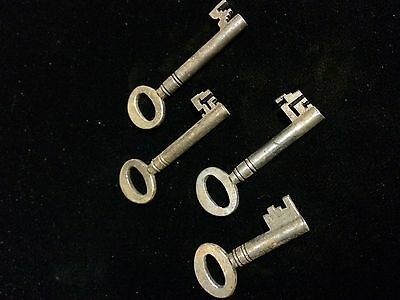 4 Cast Antique Keys , Victorian Lock Georgian Door Box Chest Steam Punk