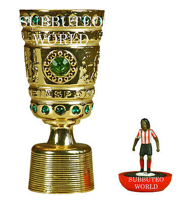 GERMAN DFB CUP & DISPLAY BOX. OFFICIAL LICENSED PRODUCT. SUBBUTEO SOCCER. 70mm.