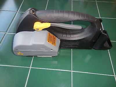 New Pac Vt700L Cordless Handheld  Plastic Strapping Tool