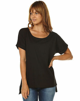 Lyndell Tee S15 by BETTY BASICS*