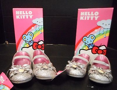 NWB Girls Toddler Hello Kitty Lil' Carla Sparkle Design Bow Shoe Kitty Charm