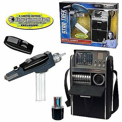 Star Trek White Phaser and Medical Tricorder 2-Pack Case
