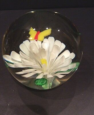 Daisy And Butterfly Large Paperweight Art Glass