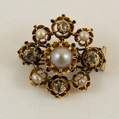 Antique brooche (18kt Gold) with Diamonds and Pearls