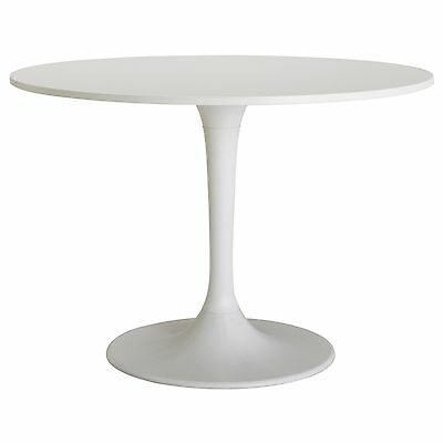 Surprising Knoll Saarinen Round Tulip Dining Table 4 Chairs In White Andrewgaddart Wooden Chair Designs For Living Room Andrewgaddartcom