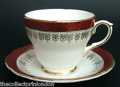 Vintage 1970's Duchess Winchester F103 Pattern Coffee Cups & Saucers Look in VGC