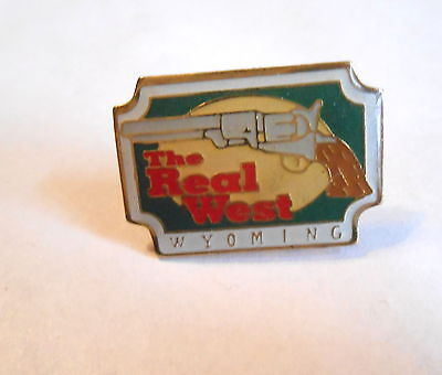 Cool Vintage Wyoming State Pistol Revolver The Real West Souvenir Pin Pinback
