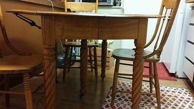 *PRICE REDUCED*  ~  Vintage Solid Oak Table & Chairs