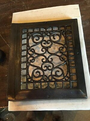 Antique Heating Grate Face Ornate Wiry Tc 67
