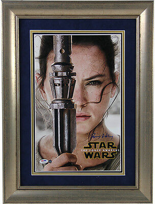 Daisy Ridley Signed Star Wars VII: The Force Awakens 10x16 Close Up Movie Pos...