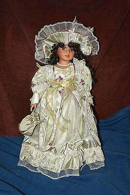 Show Stoppers Lexie Porcelain Doll Special Edition 2006 With Stand Tag Attached
