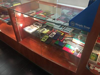 Glass Display - Used - Very Good Condition