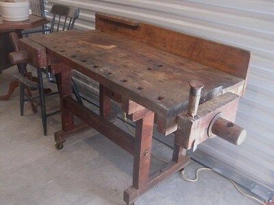 Antique Carpenter's Workbench 2 vices original condition