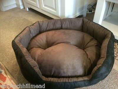 Top Pet Soft Suede Dog Bed in Black/ Brown - 69cm