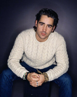Colin Farrell UNSIGNED photo - P2973 - HANDSOME!!!!!