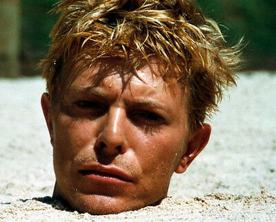 David Bowie  10x 8 UNSIGNED photo - P155 - Merry Christmas Mr. Lawrence