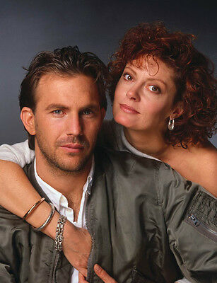 Kevin Costner and Susan Sarandon 10x 8 UNSIGNED photo - P829 - Bull Durham