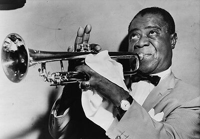 Louis Armstrong 10 x 8 UNSIGNED photo - P1336 - Jazz trumpeter and singer