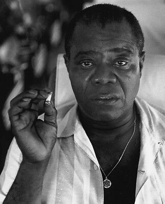 Louis Armstrong 10 x 8 UNSIGNED photo - P1341 - Jazz trumpeter and singer