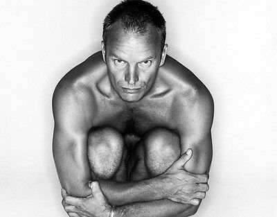 Sting UNSIGNED photo - P2776 - NAKED!!!!!