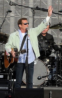 The Eagles ‏ 10x 8 UNSIGNED photo - P406 - Glenn Frey & Don Henley