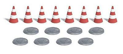 Busch 7788 NEW 8 TRAFFIC CONES AND 8 MANHOLE COVERS