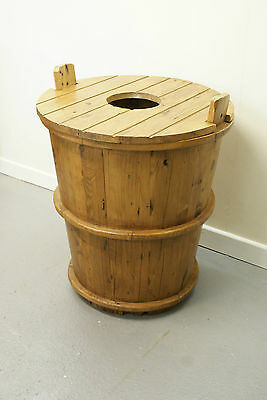 Old Pine Wash Barrel Tub With Lid Umbrella Stand Garden Pot Ornament Water Butt