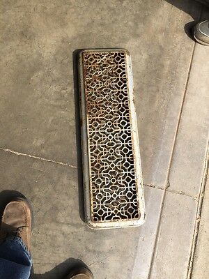 "Rt 7 Antique Cast-Iron Radiator Cover 29"" X 9 And Three-Quarter Inch"