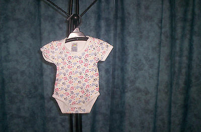 baby boys short body suits 2 x 0000